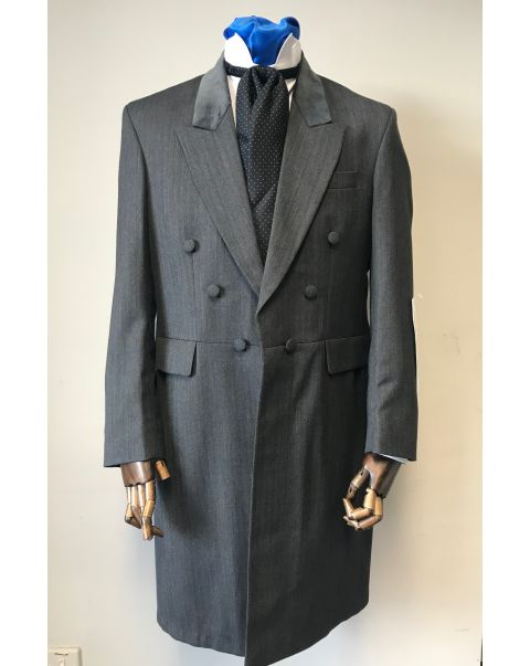 Charcoal Frockcoat with velvet top collar - Chest 40