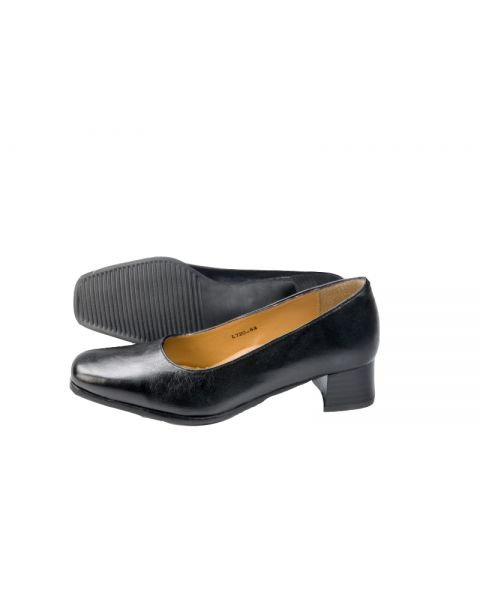 Walford Low Heel Court Shoe Wide Fit